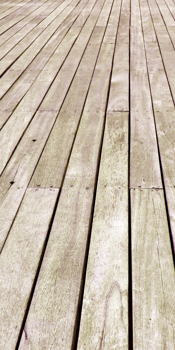 Wood deck floor after cleaning